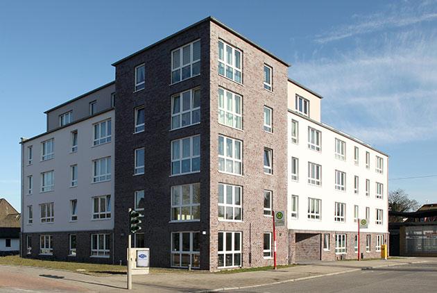 Hamburg-Mehrfamilienhaus-Stein-Hardenberg-Strasse